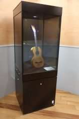 Torres Guitar in Spanish Museum - Lit