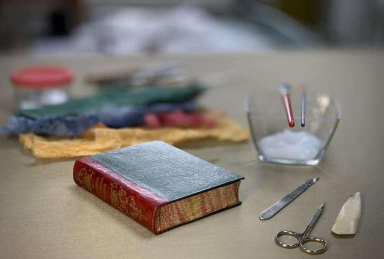 Redbone Bindery Closed Book