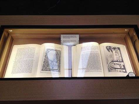 Cavanilles Book in Demo Vitrine - Top